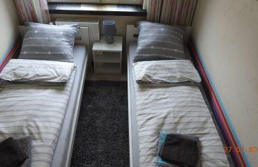 apartament 2 zator mały pokój 02