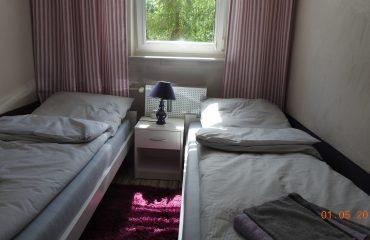 apartament 3 zator mały pokój 01